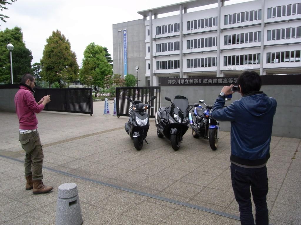 神奈川総合産業高校とバイカーズの撮影タイム